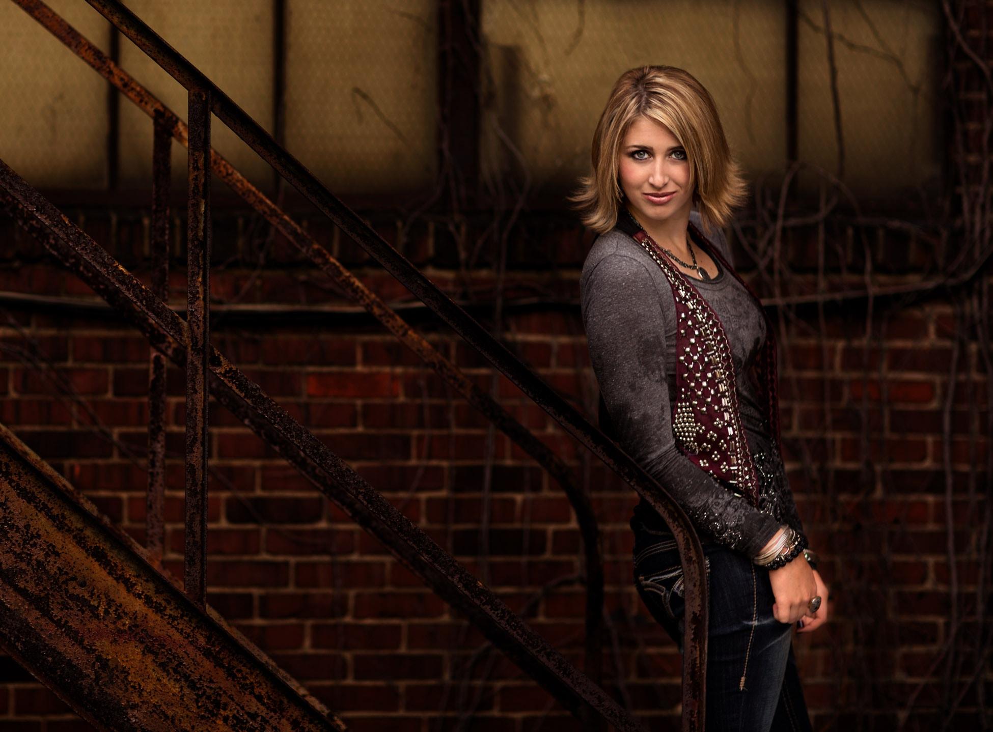senior portrait photography: Cleveland